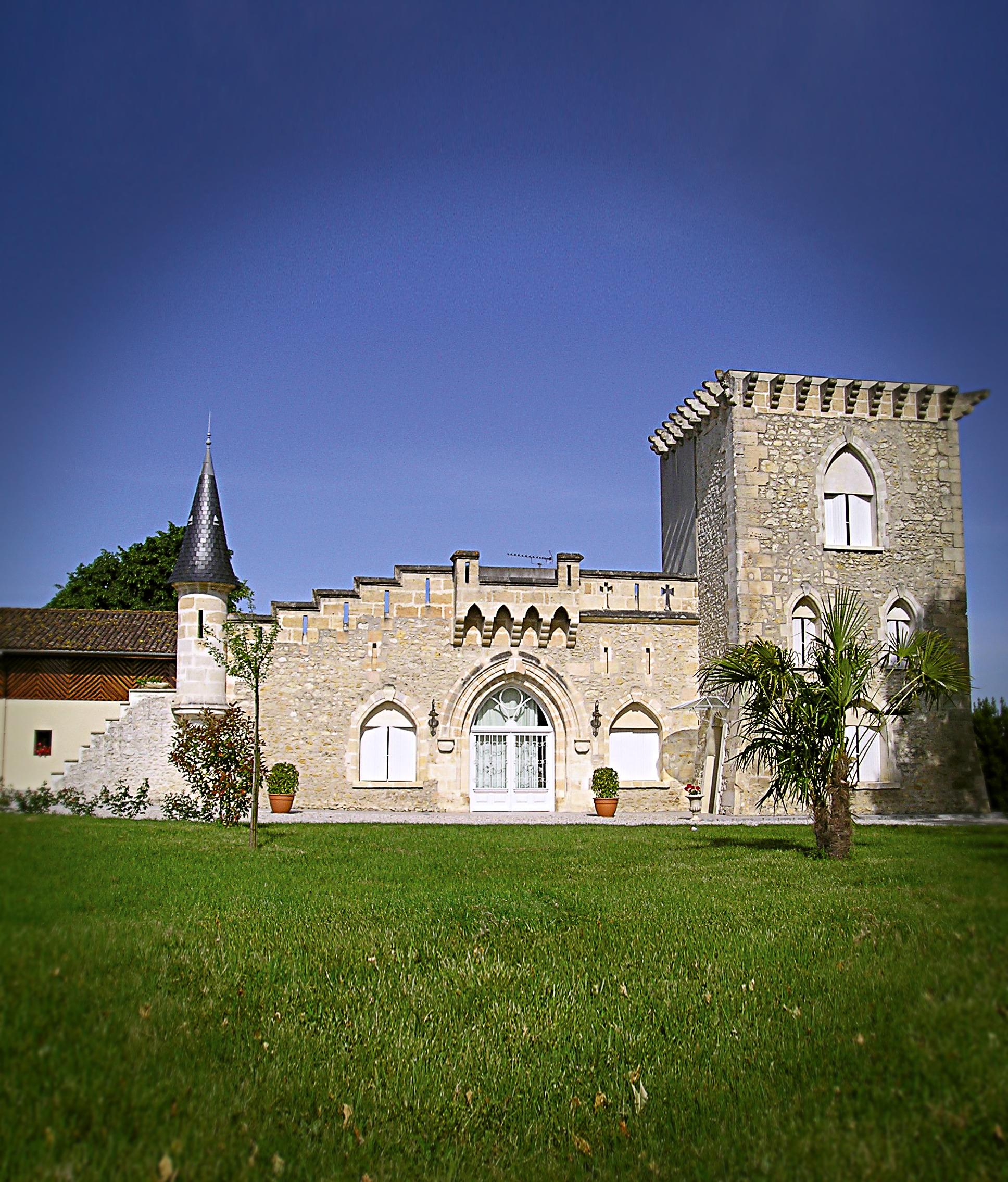 Chateau Tour Sieujean – Pierre Noble